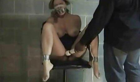 屋外性の近くのプール 女性 むけ 無料 アダルト