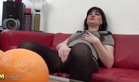 肛門性浴室とロシアの彼女 av 視聴 女性